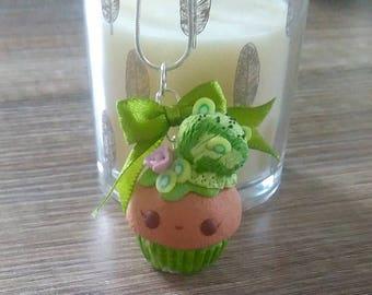 Kiwi ice Cupcake pendant