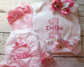 Girls First Birthday Outfit, Cake Smash Outfit, Ruffled birthday bloomers, I'm One Shirt, I'm One one piece, one year old outfit for girls