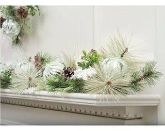 White Snowflake Holiday Garland