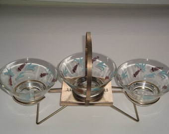 Vintage 1950's - 1960's Modernist Wire Glass Caddy with Serving Bowls