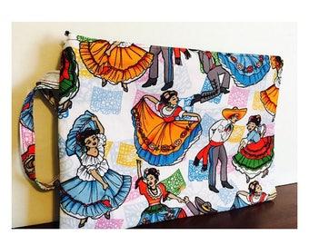 Folklorico Dancers Wristlet