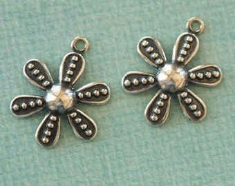 NEW 2 Silver Flower Charms 2636