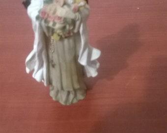 little lady statue