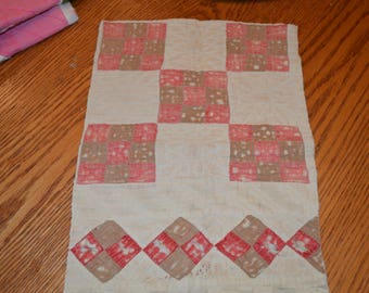 farmhouse, rustic, primitive, country, cottage chic, shabby chic, vintage quilt cutter piece for crafting