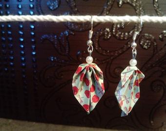 """Toffee Apple origami """"leaves"""" earrings"""