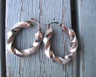 Italian sterling hoop earrings -- 246