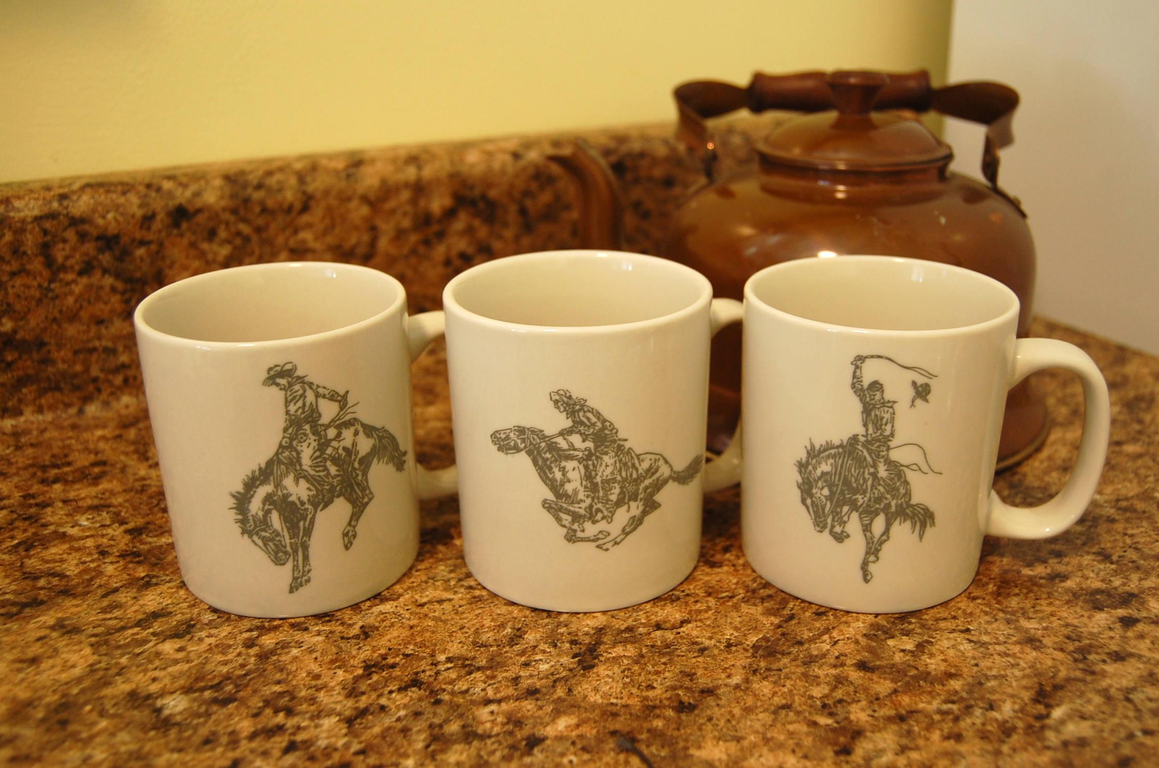Cowboy Rodeo Mugs / Set of 3 / The Marlboro Man / Cowboy