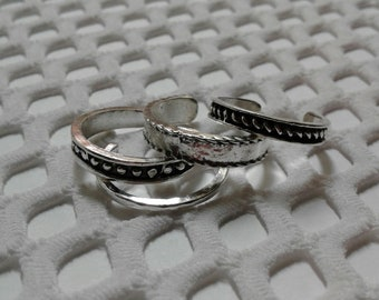 SAVE 50% CODE: '50FIRSTORDER' | 4 Piece Set ~of~ Toe Rings | Zinc/Copper/Oxidized Silver Finish (Adjustable)
