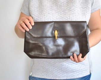 Vintage LEATHER CLUTCH , women's leather clutch ..............(539)