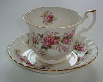 Royal Albert LAVENDER ROSE Tea Cup and Saucer