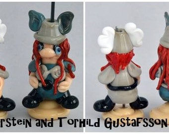 VIKING Couple Lampwork Glass Beads.  Sculpture bead, Whimsical, Humour, Collectable, Jewellery Pendant Bead Izzybeads SRA