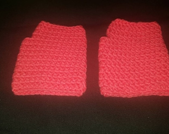 Crochet fingerless gloves for an adult