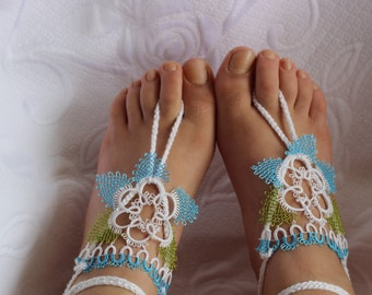 Needle  Barefoot Sandals, Wedding party shoes-Bridal Foot jewelry-Wedding Accessory-Bridal shoes-footless sandals with tatting lace