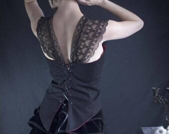 Black Bustier Lady