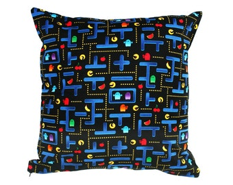 Pacman Maze Cushion Cover. A great geeky gift idea for lovers of retro arcade games and computer gaming.