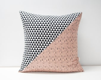 Patchwork Pillow Cover, 20x20, Black and white / arrows