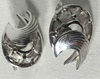 Vintage Crown Trifari Silver Tone Art Deco Wing Style Clip on Earrings