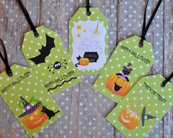 Adorable Green & White Polka Dot Halloween Gift Tag - set of 12
