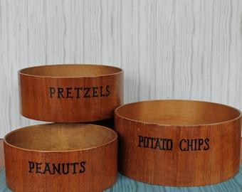 Vintage Set of 3 Wood Snack Serving Bowls Nesting Bowls in Graduated Sizes Potato Chips Pretzels Peanuts Wooden Bowl Set Patio Bar Man Cave