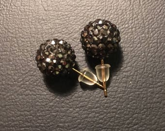 Black jewel stud earrings