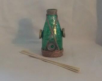 Shimmering Green Oil Diffuser