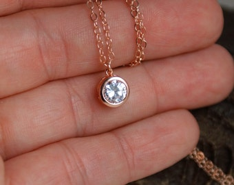 Delicate cubic zirconia Necklace / Tiny Diamond / Rose Gold Silver Elegant CZ Solitaire Necklace / Everyday Layering Necklace