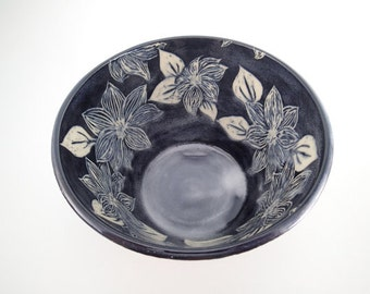 Sgraffito Carved Ceramic Art Bowl - Serving Bowl - Sgraffito Bowl - Carved Clematis Flowers - Stoneware Bowl - Black and White - Mixing Bowl