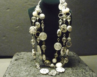Black and White Floral Disc-Bead Necklace- Bright and Cheery