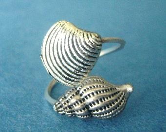Sea shells ring, adjustable ring, animal ring, silver ring, statement ring