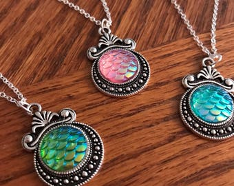3 best friend necklaces, mermaid neckalce. Mermaid jewelry, mermaid gifts. Irridescent jewelry. Friendship necklaces. Gift for her.