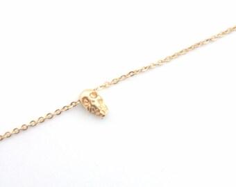 Tiny Skull Bracelet, Dainty everyday jewelry, Minimalist bracelet, edgy jewelry