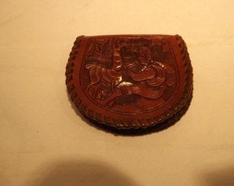 Porte-monnaie en cuir repoussé Pérou