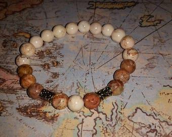 Howlite and soapstone bead bracelet