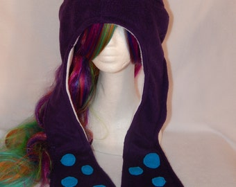 Fleece cap with octopus arms for adults, single size