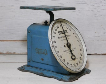 Antique Household Scale - Universal Blue Kitchen Scale - 1907 - 25 Pounds - Farmhouse