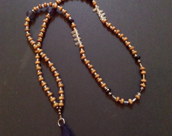 Necklace long wood beads