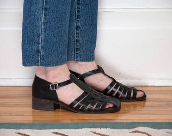 Size 10 / 90s Black Fisherman Sandals / T-Straps / Leather / Made in Italy