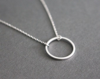 Open Circle necklace // Geometric jewelry - Silver