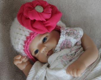 newborn girl hat with pink flower, newborn girl photo prop, crochet baby girl white hat with pink flower, ready made newborn girl winter hat