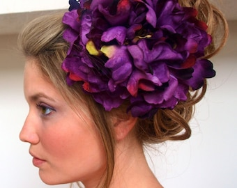 the chateauroux - Large Flower Hair Clip in Deep Plum - Free Worldwide Shipping