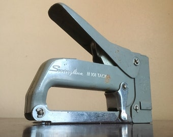 Vintage Swingline #101 Grey Metal Tacker / Staplegun.