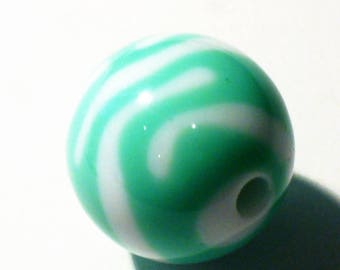 1 green striped round bead and white 20mm AR361 Green