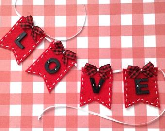 Love Banner / Valentine Small Banner / Valentine Small Bunting / Small Love Bunting / Valentine Decor / Love Small Flags / Valentine Banner