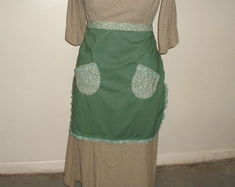 Vintage apron, green apron, half apron, retro half apron, 40s apron, womans half apron, two-tone half apron, country apron, woman clothes