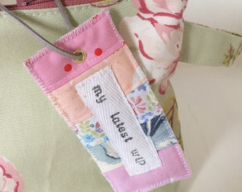 My latest wip project bag tag/label