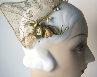 Vintage 30s Wedding Tiara, Russian Kokoshnik Headdress, Cream Lace Floral Bridal Halo Headband, Wedding Headpiece, Festival Flower Crown