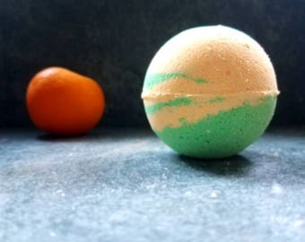 Margarita Bath Bomb- 4 ounce- 8 ounce- Margarita- Bath Bomb- Lime- Fruity Bath Bomb- Fruity- Fruit Bomb- Sweet Bath Bomb- Citrusy- Gift-