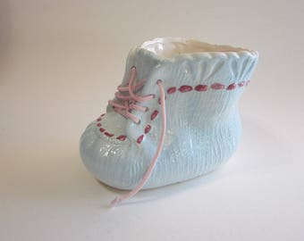 vintage baby bootie planter - Inarco Japan - baby blue booty - ceramic with pink lacing