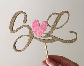 Cake topper for ceremonies and important events