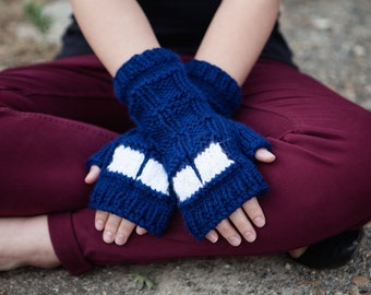 Doctor Who Knit Fingerless Mitts: TARDIS